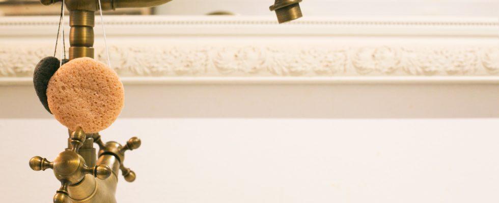 WeWrite Brass Bathroom Tap 4460x4460